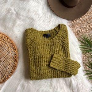 AEO Chartreuse Soft Crewneck Sweater S